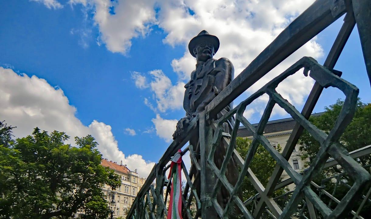 Statue d'Imre Nagy