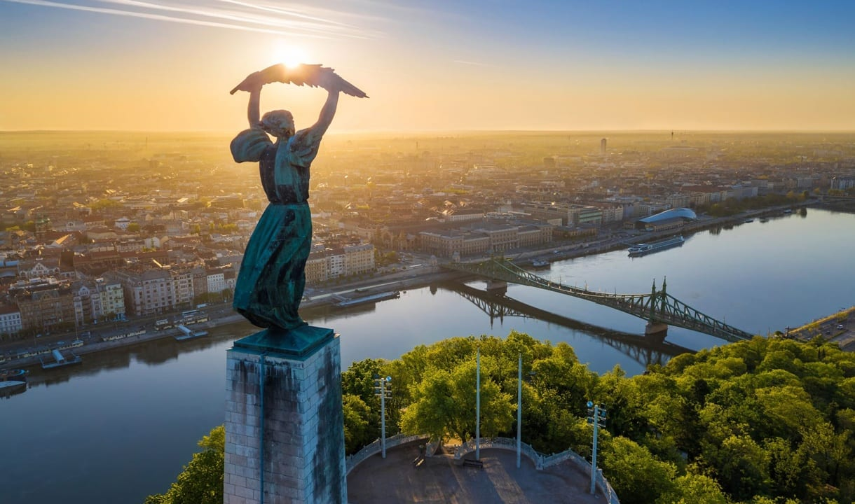 Statue de la Liberté sur le mont Gellért