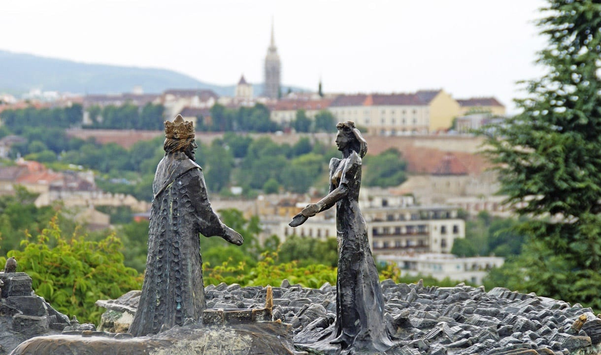 Statue de Saint-Etienne et de la reine Gisèle