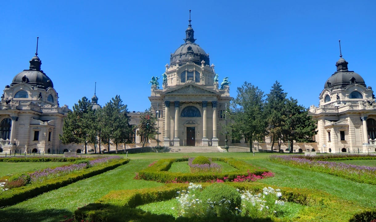 Bains Széchenyi