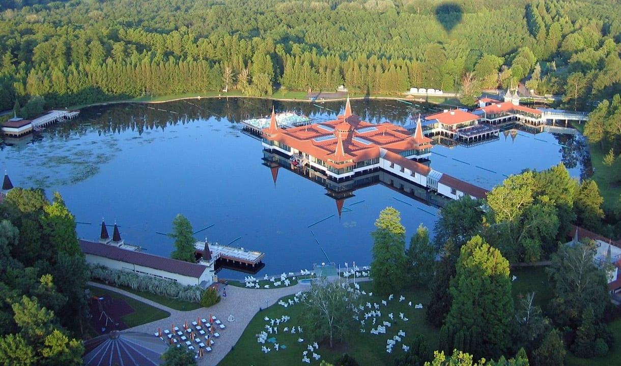 Lac thermal de Hévíz